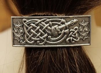 """Haarclip  """" Keltische knoop met gitaar """"  Zilverkleurig"""