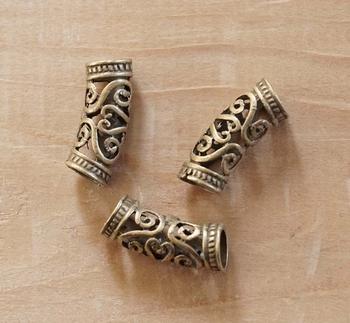 """Baard kralen """" Keltische knoop """" koper kleurig  8 stuks"""