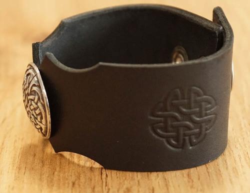 "Leren armband "" Keltische wolven """