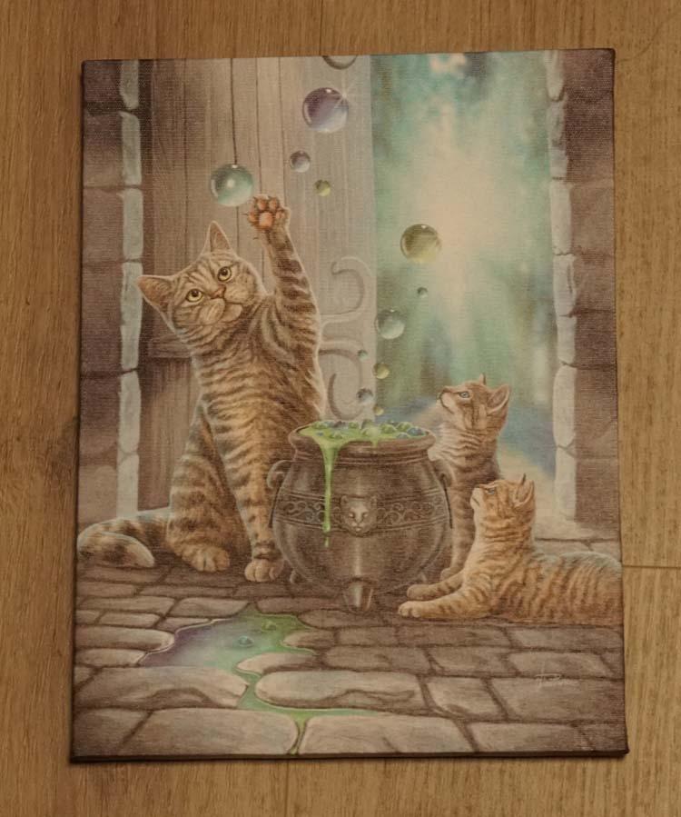 """Anne Stokes wanddecoratie  """" Katten bij ketel """""""