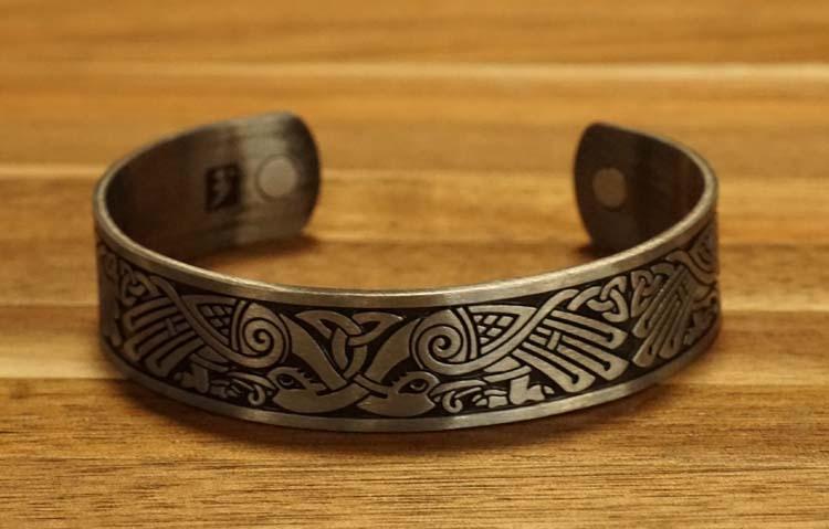 """Armband """" Keltische vogels """" nikkelkleurig"""