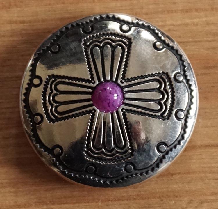 """Concho  """" Kruis met paarse steen """" zilverkleurig"""
