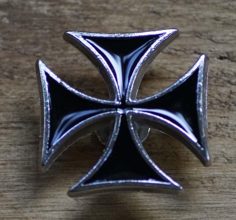 """Concho  """" Maltezer kruis """"  Zwart / zilverkleurig"""
