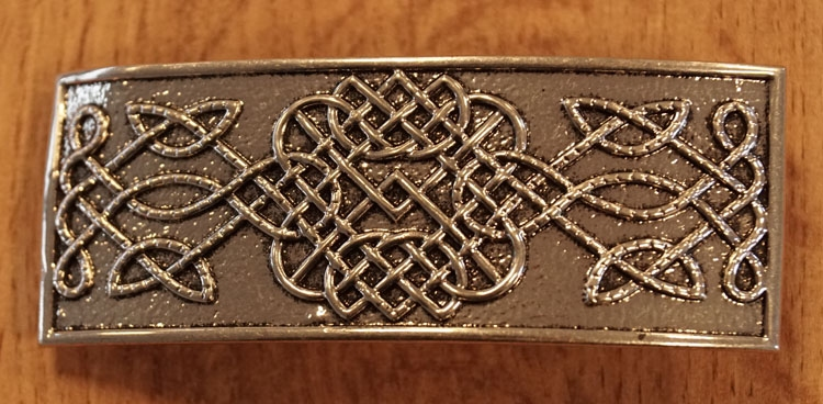 """Haarclip  """" Oneindige keltische knoop """"  zilverkleurig"""