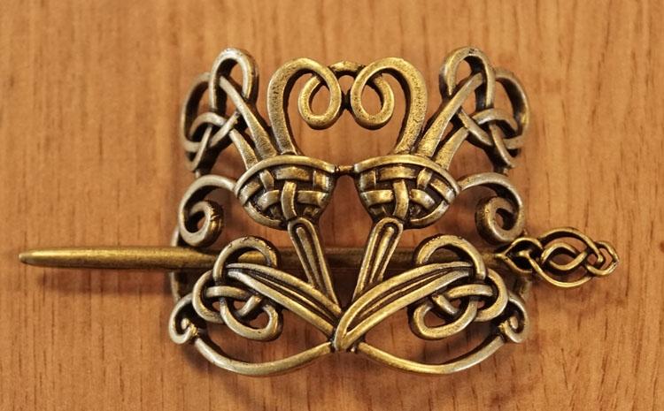 """Haarspeld  """" Keltische knoop / kroon """"  koper kleurig"""