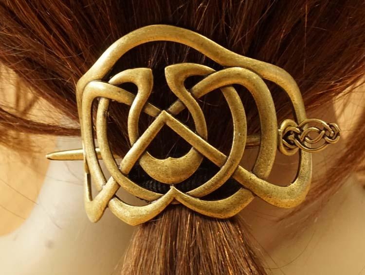 "Haarspeld met haarstokje  "" Celtic knot ""  koperkleurig"