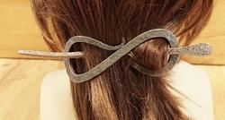 Smeedijzeren haarspeld met haarstokje